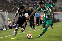 SANTIAGO DE CHILE - CHILE - 27 - 02 - 2018: Jorge Valdivia (Izq.) jugador de Colo Colo (CHL) disputa el balón con Daniel Bocanegra (Der.) jugador de Atletico Nacional (COL), durante partido de la Fase de Grupos, grupo 2, fecha 1 entre Colo Colo (CHL) y Atletico Nacional (COL), por la Copa Conmebol Libertadores 2018 en el estadio Monumental David Arellano, de la ciudad de Santiago de Chile. / Jorge Valdivia (L) player of Colo Colo (CHL), vies for the ball with Daniel Bocanegra (R) player Atletico Nacional (COL), during match of the Group Stage, group 2, 1st date between Colo Colo (CHL) and Atletico Nacional (COL) for Copa Conmebol Libertadores 2018 at the David Arellano Monumental Stadium, in the city of Santiago de Chile. Photos: VizzorImage / Marcelo Hernandez / Cont. / Photosport