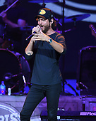 WEST PALM BEACH, FL - SEPTEMBER 14: Chris Janson performs at The Coral Sky Amphitheatre on September 14, 2019 in West Palm Beach Florida. Credit Larry Marano © 2019