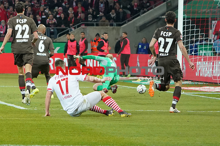 08.02.2019, RheinEnergieStadion, Koeln, GER, 2. FBL, 1.FC Koeln vs. FC St. Pauli,<br />  <br /> DFL regulations prohibit any use of photographs as image sequences and/or quasi-video<br /> <br /> im Bild / picture shows: <br /> Tor f&uuml;r K&ouml;ln 2:1 durch Jhon C&oacute;rdoba (FC Koeln #15),   nicht im Bild Svend Brodersen (St Pauli #33), hat keine Chance im tor <br /> <br /> Foto &copy; nordphoto / Meuter