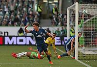 28.04.2018, Football 1. Bundesliga 2017/2018, 32.  match day, VfL Wolfsburg - Hamburger SV, in Volkswagen Arena Wolfsburg. celebration scorer Gian-Luca Waldschmidt (mi., Hamburg)   1:3 *** Local Caption *** © pixathlon<br /> <br /> +++ NED out !!! +++<br /> Contact: +49-40-22 63 02 60 , info@pixathlon.de