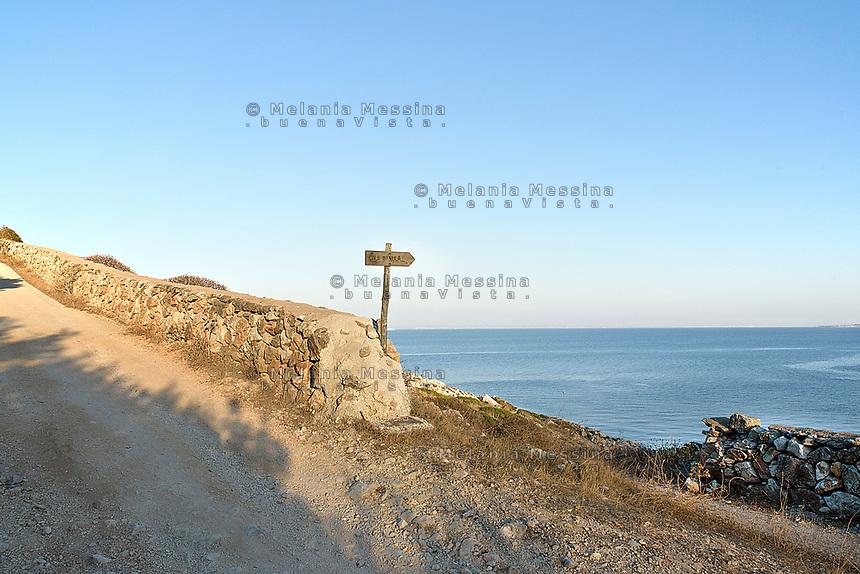 "Path to ""Cala Minnola"" in Levanzo, Egadi islands"