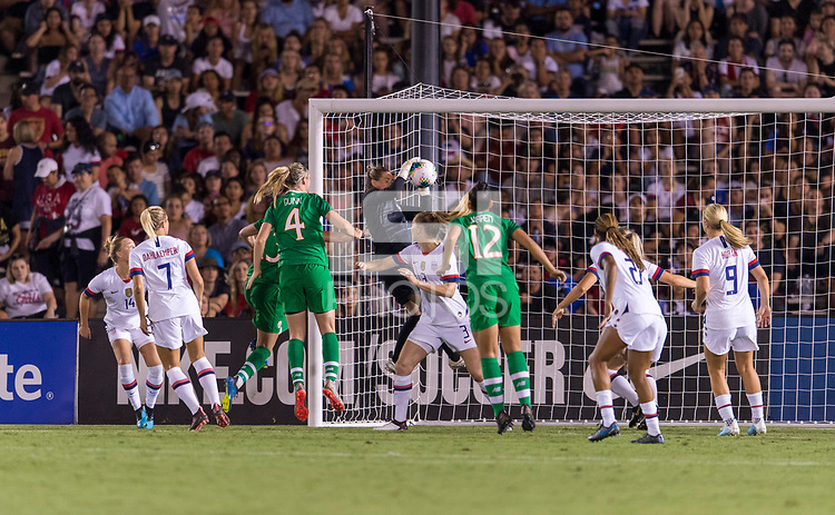 PASADENA, CA - AUGUST 4: Ashlyn Harris #18 makes a save during a game between Ireland and USWNT at Rose Bowl on August 3, 2019 in Pasadena, California.