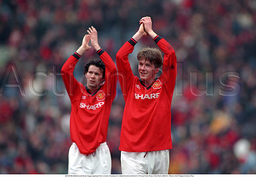 DAVID BECKHAM and Ryan Giggs applaud the crowd, Chealsea 1 v Manchested United 2, FA Cup Semi final, Villa Park, 960331. AP10086257 Photo: Neil Tingle/Action Plus ...1996.Football Soccer.Footballer footballers.Man Utd.Premier League.applause applauding clap claps clapping