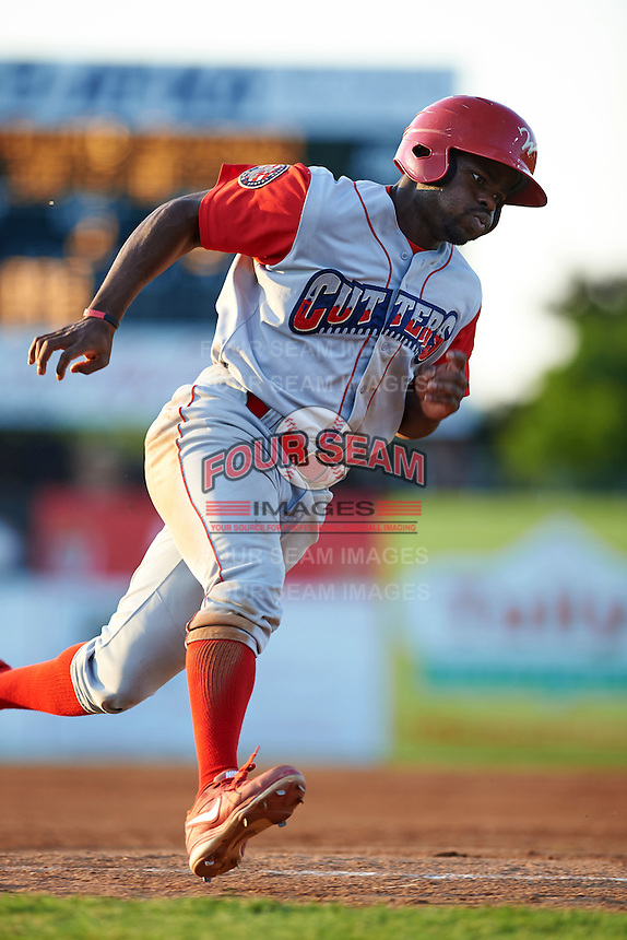 Williamsport Crosscutters second baseman Josh Tobias (33) running the bases during a game against the Batavia Muckdogs on July 15, 2015 at Dwyer Stadium in Batavia, New York.  Williamsport defeated Batavia 6-5.  (Mike Janes/Four Seam Images)