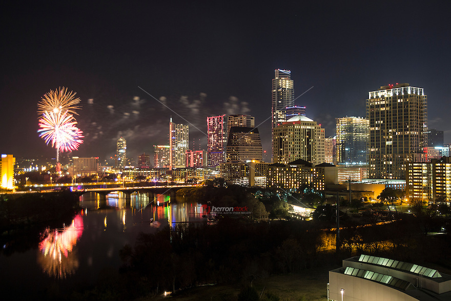 Austin, Texas starts ringing in the New Year with spectacular downtown fireworks display over Lady Bird Lake