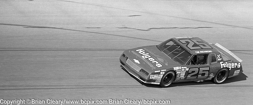 Tim Richmnd 25 Chevrolet action Daytona 500 at Daytona International Speedway in Daytona Beach, FL in February 1986. (Photo by Brian Cleary/www.bcpix.com) Daytona 500, Daytona International Speedway, Daytona Beach, FL, February 16, 1986.  (Photo by Brian Cleary/www.bcpix.com)