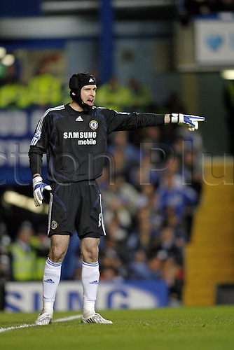 14 April 2008: Chelsea goalkeeper Petr Cech during the Premier League game between Chelsea and Wigan Athletic played at Stamford Bridge. the game finished 1-1 Photo: Actionplus....080414 soccer football player keeper headgear protective hat cap