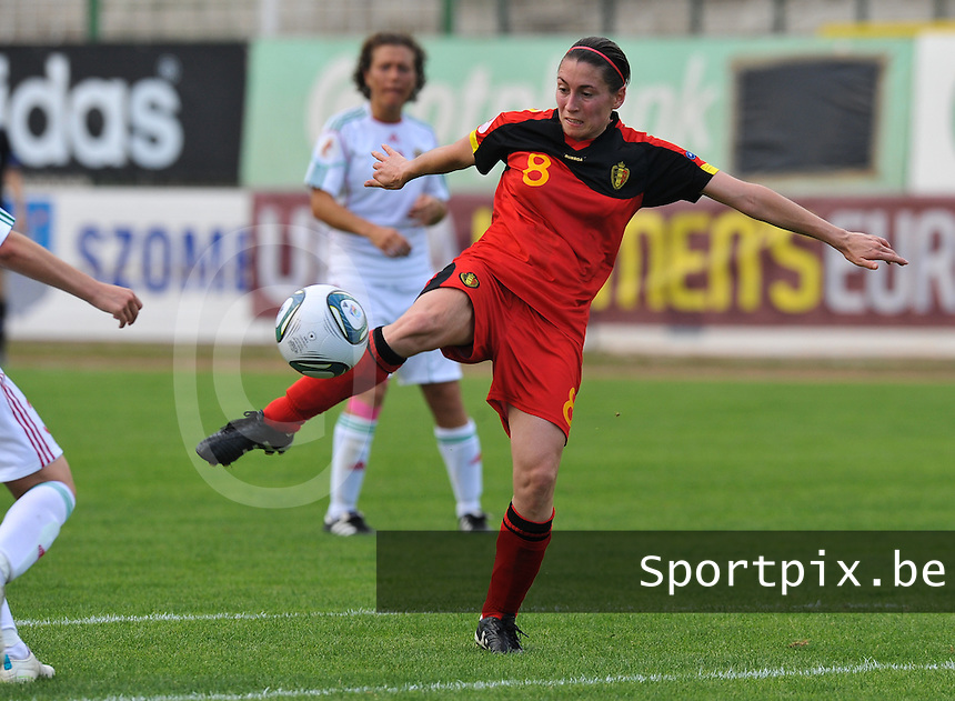 Hungary - Hongarije : UEFA Women's Euro Qualifying group stage (Group 3) - 20/06/2012 - 17:00 - szombathely  - : Hungary ( Hongarije ) - BELGIUM ( Belgie) :.Audrey Demoustier.foto DAVID CATRY / JOKE VUYLSTEKE / Vrouwenteam.be.