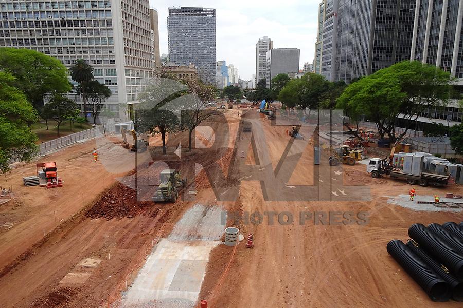SÃO PAULO, SP, 22.10.2019 - CIDADE-SP - Andamento das obras de revitalização do Vale do Anhangabaú, no centro de São Paulo, nesta terça-feira, 22. (Foto Charles Sholl/Brazil Photo Press/Folhapress)