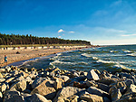 Rowy, 2018.08.04. Letnie kąpielisko Rowy Zachód o długość linii brzegowej 400 m i czterech zejściach na plażę. PAP/Jerzy Ochoński