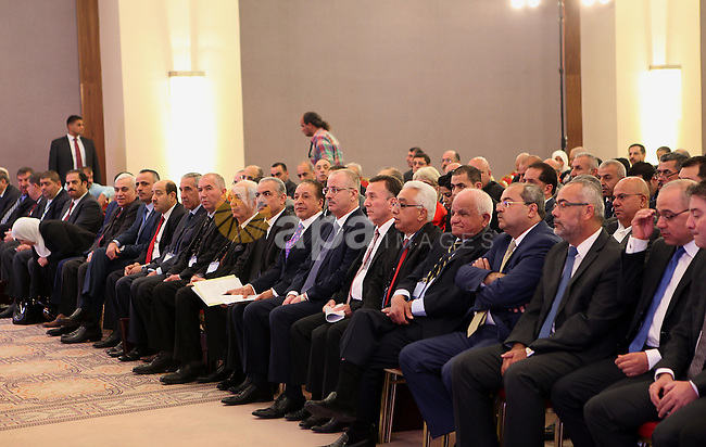 Palestinian Prime Minister Rami Hamdallah participates in a conference of the Palestinian investors in the homeland and in the Diaspora, in the West Bank city of Ramallah, May 4, 2015. Photo by Prime Minister Offic