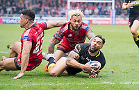 Picture by Allan McKenzie/SWpix.com - 07/04/2018 - Rugby League - Betfred Super League - Salford Red Devils v Warrington Wolves - AJ Bell Stadium, Salford, England - Salford's Junior Sa'u prevents Warrington's Ryan Atkins from scoring a try.