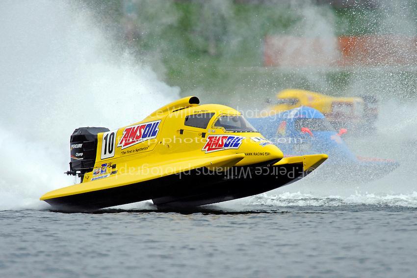 Terry Rinker (#10), Jose Mendana, Jr. (#21) and Lynn Simberger (#72)     (Formula 1/F1/Champ class)