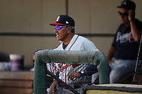 ***Temporary Unedited Reference File***Mississippi Braves manager Luis Salazar (4) during a game against the Jacksonville Suns on May 1, 2016 at The Baseball Grounds in Jacksonville, Florida.  Jacksonville defeated Mississippi 3-1.  (Mike Janes/Four Seam Images)
