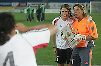 MAR 15, 2006: Faro, Portugal:  Stephanie Jones, Annike Krahn, Silke Rottenberg