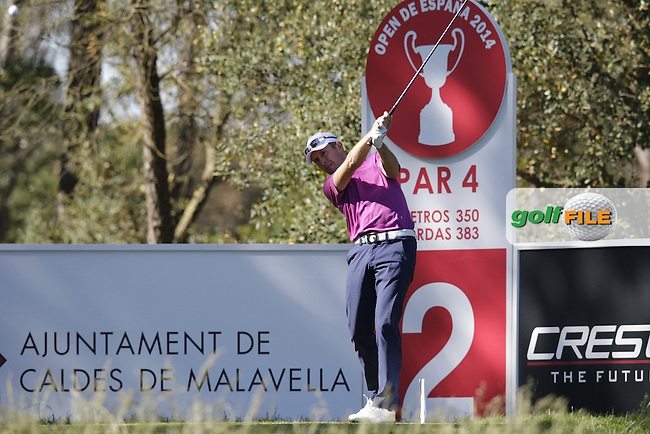 Stuart Manley (WAL) tees off the 2nd tee during Thursday's Round 1 of the 2014 Open de Espana held at the PGA Catalunya Resort, Girona, Spain. Wednesday 15th May 2014.<br /> Picture: Eoin Clarke www.golffile.ie