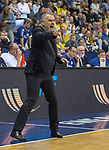 14.04.2018, EWE Arena, Oldenburg, GER, BBL, EWE Baskets Oldenburg vs s.Oliver W&uuml;rzburg, im Bild<br /> in voller Aktion...<br /> Dirk Bauermann (s.Oliver W&uuml;rzburg #Headcoach, #Head Coach, #Trainer)<br /> Foto &copy; nordphoto / Rojahn