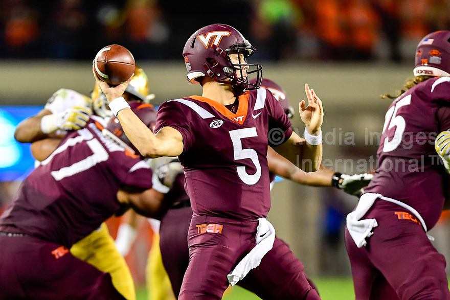 Blacksburg, VA - OCT 6, 2018: Virginia Tech Hokies quarterback Ryan Willis (5) throws a pass from the pocket during game between Notre Dame and Virginia Tech at Lane Stadium/Worsham Field Blacksburg, VA. (Photo by Phil Peters/Media Images International)