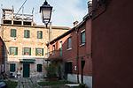 Venezia - Il Lido. Il sottoportego dell'arco a San Nicolò