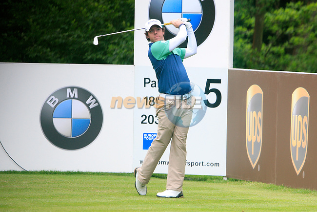 Rory McIlroy (NIR) tees of on the 5th tee during Day 3 of the BMW PGA Championship Championship at, Wentworth Club, Surrey, England, 28th May 2011. (Photo Eoin Clarke/Golffile 2011)