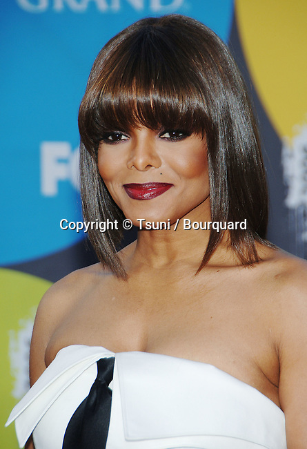 Janet Jackson arriving at the Billboard Music Awards at the MGM Grand In Las Vegas. December 04, 2006.<br /> <br /> headshot<br /> eye contact