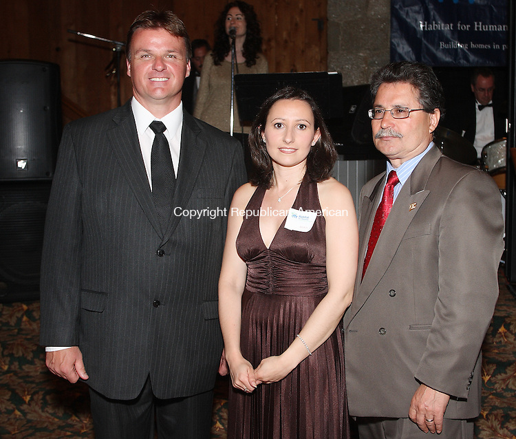 Southbury, CT-31 May 2008-053108MK12 (from left) Naugatuck's Mayor Mike Bronko, Habitat President Rosa Reimbes and Carlos Batista gathered at The Heritage Hotel for the Habitat for Humanity 3rd Annual Gala   in Southbury. Michael Kabelka / Republican-American  ((from left) Naugatuck's Mayor Mike Bronko, Habitat President Rosa Reimbes and Carlos Batista )CQ