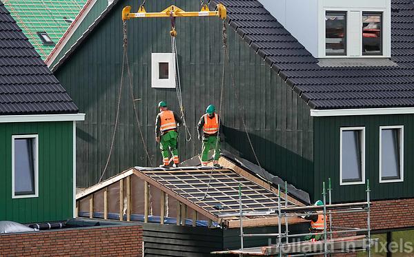 Nederland Zaandam 2018.   Nieuwbouw in Zaandam. Zaans Hout. Bouwvakkers van BAM aan het werk.  Foto Berlinda van Dam / Hollandse Hoogte