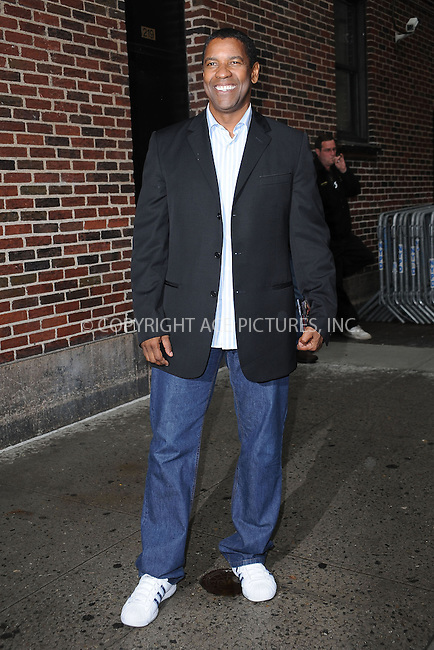 """WWW.ACEPIXS.COM . . . . . ....June 11 2009, New York City....Actor Denzel Washington made an appearance at the """"Late Show with David Letterman"""" at the Ed Sullivan Theatre on June 11 2009 in New York City....Please byline: KRISTIN CALLAHAN - ACEPIXS.COM.. . . . . . ..Ace Pictures, Inc:  ..tel: (212) 243 8787 or (646) 769 0430..e-mail: info@acepixs.com..web: http://www.acepixs.com"""