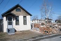 1985 February ..Redevelopment.Huntersville 1&2 (R-70)..PROGRESS VIEW...NEG#.NRHA#..