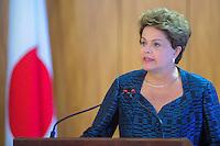 BRASÍLIA, DF, 01.08.2014 - POLÍTICA/BRASÍLIA - Presidente Dilma Rousseff recebe o Primeiro Ministro do Japão no Palácio do Planalto, em Brasília, nesta sexta-feira, 1º. (Foto: Pedro França/Brazil Photo Press)