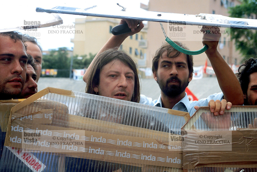 - manifestations against the international G8 summit in Genoa, July 2001, Luca Casarini, No Global leader....- manifestazioni contro il summit internazionale G8 a Genova nel luglio 2001, Luca Casarini, leader No Global