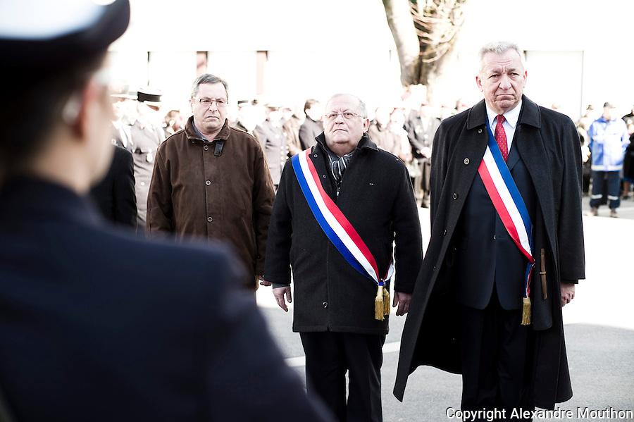 Monsieur le député-maire d'Evian, Marc Francina (UMP), monsieur le maire de Thonon, Jean Denais (UMP).