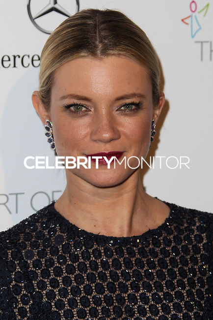 LOS ANGELES, CA - JANUARY 11: Amy Smart at The Art of Elysium's 7th Annual Heaven Gala held at Skirball Cultural Center on January 11, 2014 in Los Angeles, California. (Photo by Xavier Collin/Celebrity Monitor)