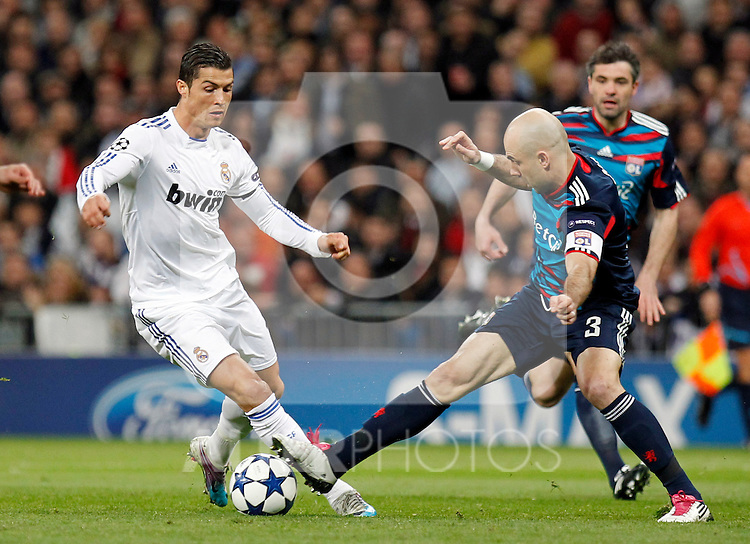 Madrid (16/03/2011).- Estadio Santiago Bernabeu..UEFA Champion League..Real Madrid 3 - Olympique Lyonnais 0.Cristiano Ronaldo, Cris...©Alex Cid-Fuentes/ALFAQUI...