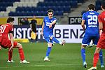 Sebastian Rudy (Hoffenheim) gegen Elvis Rexhbecaj (l/1. FC Koeln), rechts Robert Skov (Hoffenheim).<br /> <br /> Sport: Fussball: 1. Bundesliga: Saison 19/20: 28. Spieltag: TSG 1899 Hoffenheim - 1. FC Koeln, 27.05.2020<br /> <br /> Foto: Markus Gilliar/GES/POOL/PIX-Sportfotos.<br /> <br /> Nur für journalistische Zwecke! Only for editorial use!<br /> <br /> Gemäß den Vorgaben der DFL Deutsche Fußball Liga ist es untersagt, in dem Stadion und/oder vom Spiel angefertigte Fotoaufnahmen in Form von Sequenzbildern und/oder videoähnlichen Fotostrecken zu verwerten bzw. verwerten zu lassen. DFL regulations prohibit any use of photographs as image sequences and/or quasi-video.