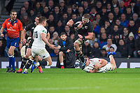 Twickenham, United Kingdom, Saturday, 10th  November 2018, RFU, Rugby, Stadium, England,  Kieran READ, slips, Sam UNDERHILLS, tackle, before running into Owen FARRELL, during the    Quilter, Autumn International, England vs New Zealand © Peter Spurrier
