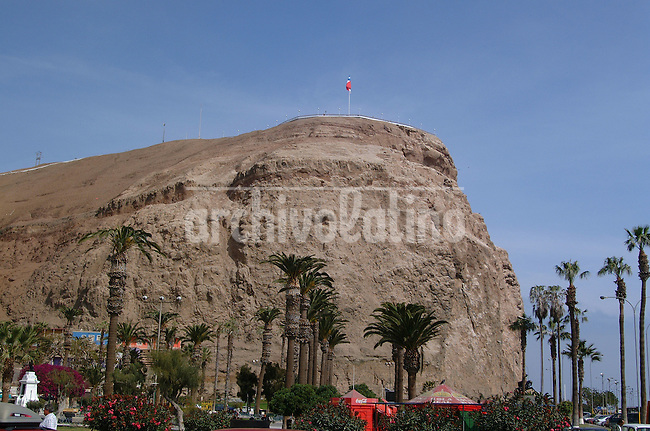 Morro de la ciudad de Arica. *The Hill in Arica city