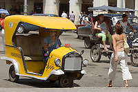 Cuba, Habana, Paseo de Marti vor dem Capitolio