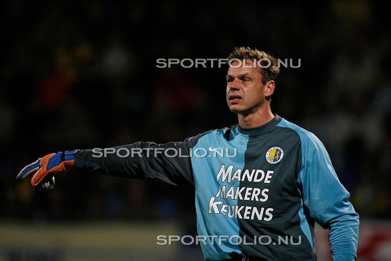Nederland, Waalwijk, 28 oktober 2006 .Eredivisie .Seizoen 2006-2007 .RKC Waalwijk-PSV (0-3).Rob van Dijk, doelman (keeper) van RKC Waalwijk.