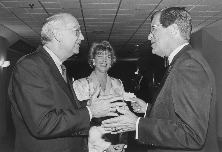 Sen. Trent Lott, R-Miss., Mrs. Patricia Thompson and Sen. Phil Gramm, R-Tex., on May 20, 1996. (Photo by Laura Patterson/CQ Roll Call via Getty Images)