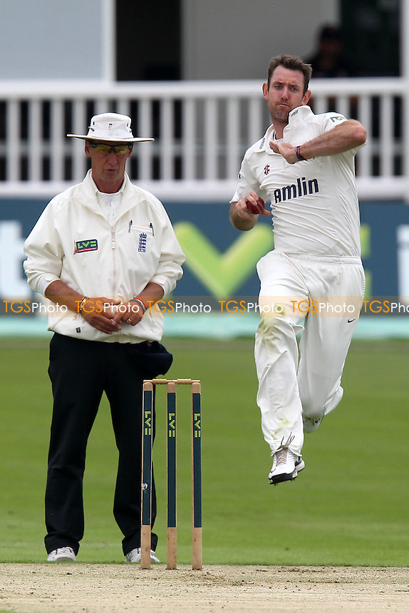 David Masters in bowling action for Essex - Kent CCC vs Essex CCC - LV County Championship Division Two Cricket at the St Lawrence Ground, Canterbury, Kent - 08/08/12 - MANDATORY CREDIT: Gavin Ellis/TGSPHOTO - Self billing applies where appropriate - 0845 094 6026 - contact@tgsphoto.co.uk - NO UNPAID USE.