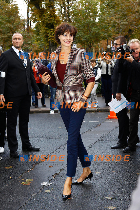 Ines De La Fressange  .Parigi 2/10/2012.Parigi Fashion Week. Ospiti alla sfilata di Chanel.Foto Gwendaline Le Goff / Panoramic / Insidefoto.ITALY ONLY
