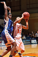 SAN ANTONIO, TX - NOVEMBER 23, 2007: The University of New Orleans Privateers vs. The University of Texas at San Antonio Roadrunners Women's Basketball at the UTSA Convocation Center. (Photo by Jeff Huehn)