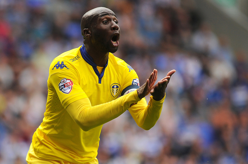 Leeds United's Sol Bamba encourages his side during todays match<br /> <br /> Photographer Kevin Barnes/CameraSport<br /> <br /> Football - The Football League Sky Bet Championship - Reading v Leeds United - Sunday 16th August 2015 - Madejski Stadium - Reading<br /> <br /> &copy; CameraSport - 43 Linden Ave. Countesthorpe. Leicester. England. LE8 5PG - Tel: +44 (0) 116 277 4147 - admin@camerasport.com - www.camerasport.com