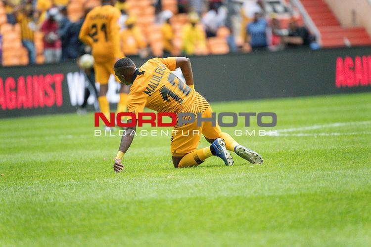 05.01.2019, FNB Stadion/Soccer City, Nasrec, Johannesburg, RSA, Premier League, Kaizer Chiefs vs Mamelodi Sundowns<br /> <br /> im Bild / picture shows <br /> <br /> George Maluleka<br /> entt&auml;uscht / enttaeuscht / traurig / Niederlage<br /> <br /> <br /> Foto &copy; nordphoto / Kokenge