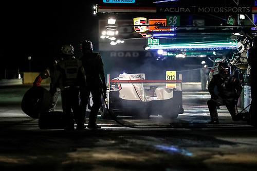 #6 Acura Team Penske Acura DPi, P: Dane Cameron, Juan Pablo Montoya, Simon Pagenaud, pit stop