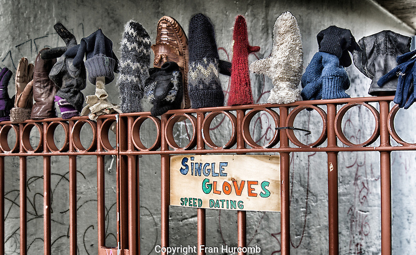 single gloves speed dating