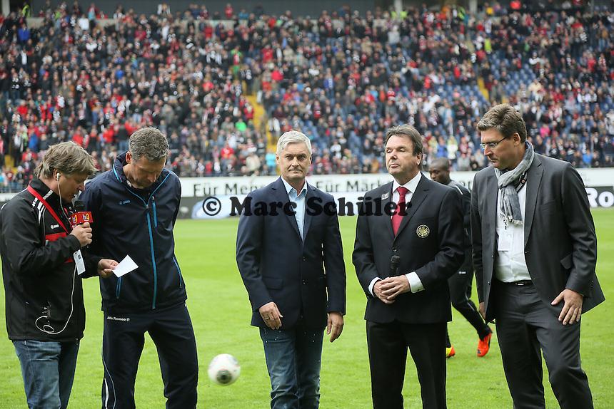 Verabschiedung von Trainer Armin Veh (Eintracht) - Eintracht Frankfurt vs. Bayer Leverkusen, Commerzbank Arena