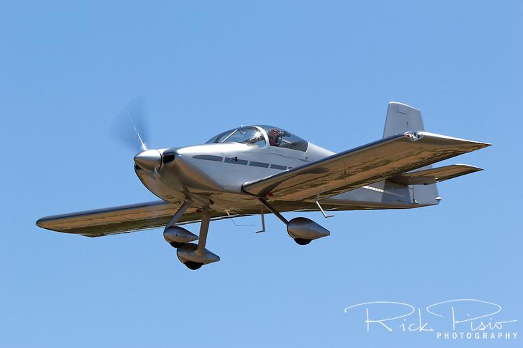 RV-6A in flight