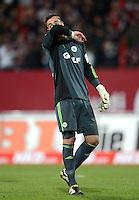 FUSSBALL   1. BUNDESLIGA  SAISON 2012/2013   10. Spieltag 1. FC Nuernberg - VfL Wolfsburg      03.11.2012 Torwart Diego Benaglio (VfL Wolfsburg)